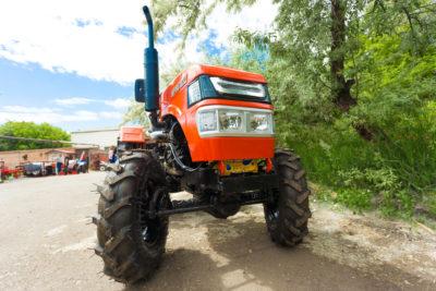 Минитрактор Уралец 220 полноприводный
