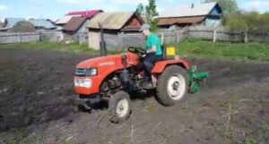 FIRST AID IN THE FIELD Mini tractors and attachments for all occasions