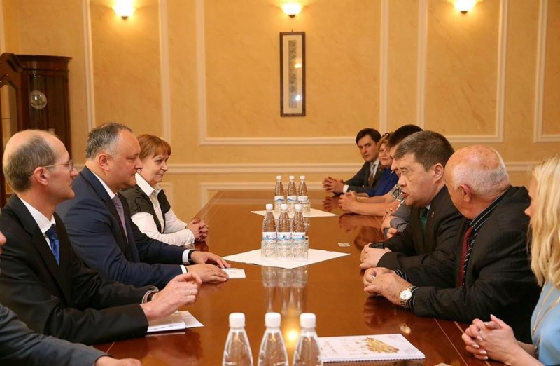 Igor Dodon met with the delegation of participants of the business tour of the Chelyabinsk region