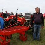 """Комсомольская правда: """"Дайте хозяину мини-трактор,   и он накормит себя, да еще и заработает"""""""