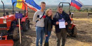 В Молдавии южноуральские тракторы предстали во всей красе